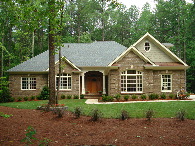 traditional luxury home plans